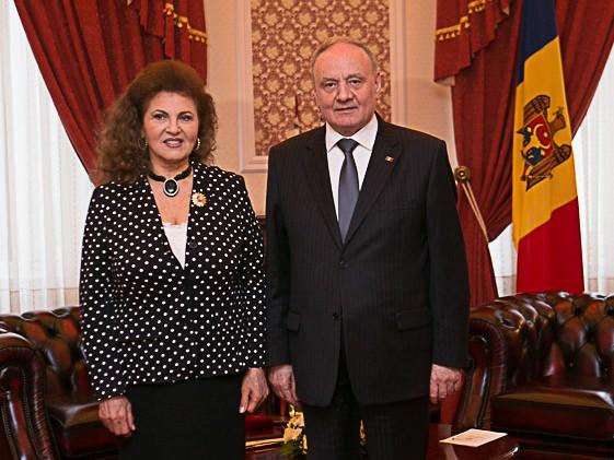 Irina Loghin si Nicolae Timofti